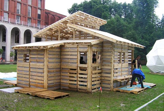 THE PALLET HOUSE PROJECT