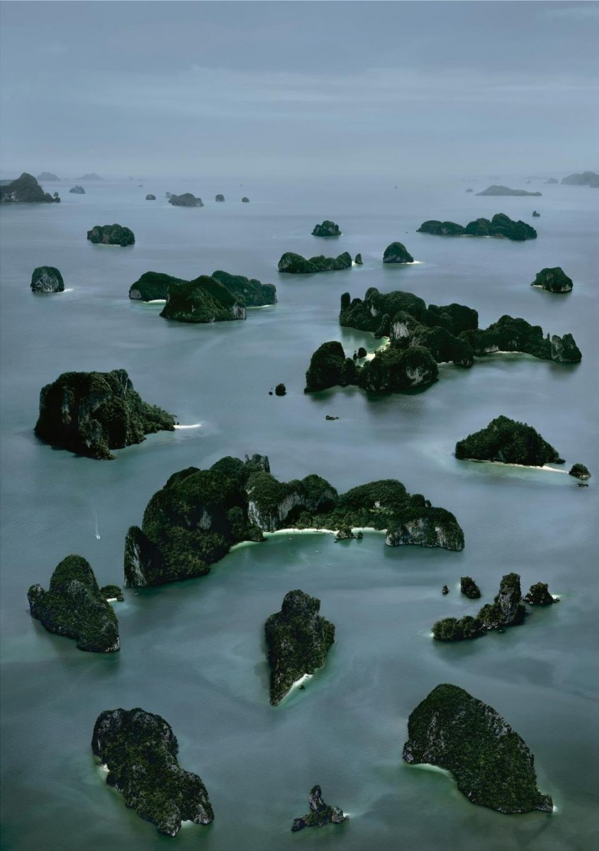Andreas Gursky James_Bond-island_III_2007